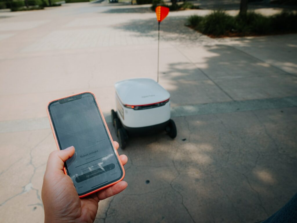 machine learning delivery robot